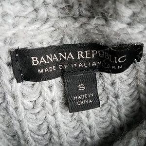 Banana Republic Sweaters - Banana Republic Italian Yarn Turtleneck